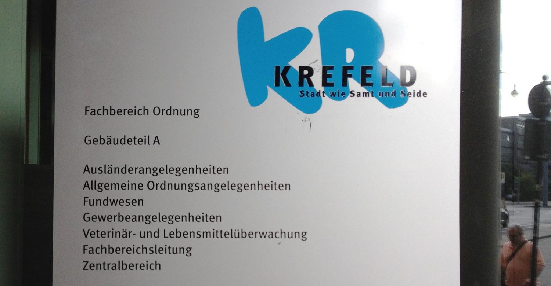 Fluechtlingsrat Krefeld Auslaenderamt Eingangsschild