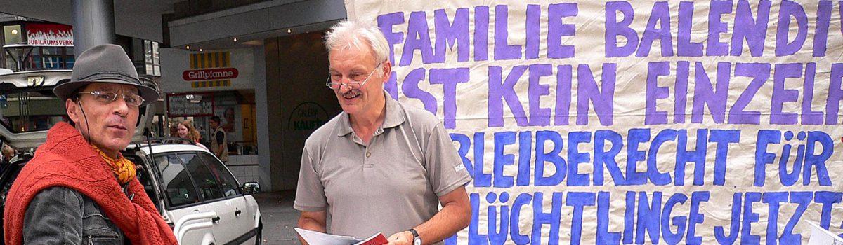 Infostand Fluechtlingsrat Krefeld