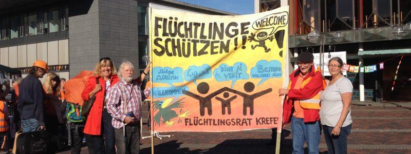 Flüchtlingsrat bei der Aktion Seebrücke im Oktober auf dem Theaterplatz